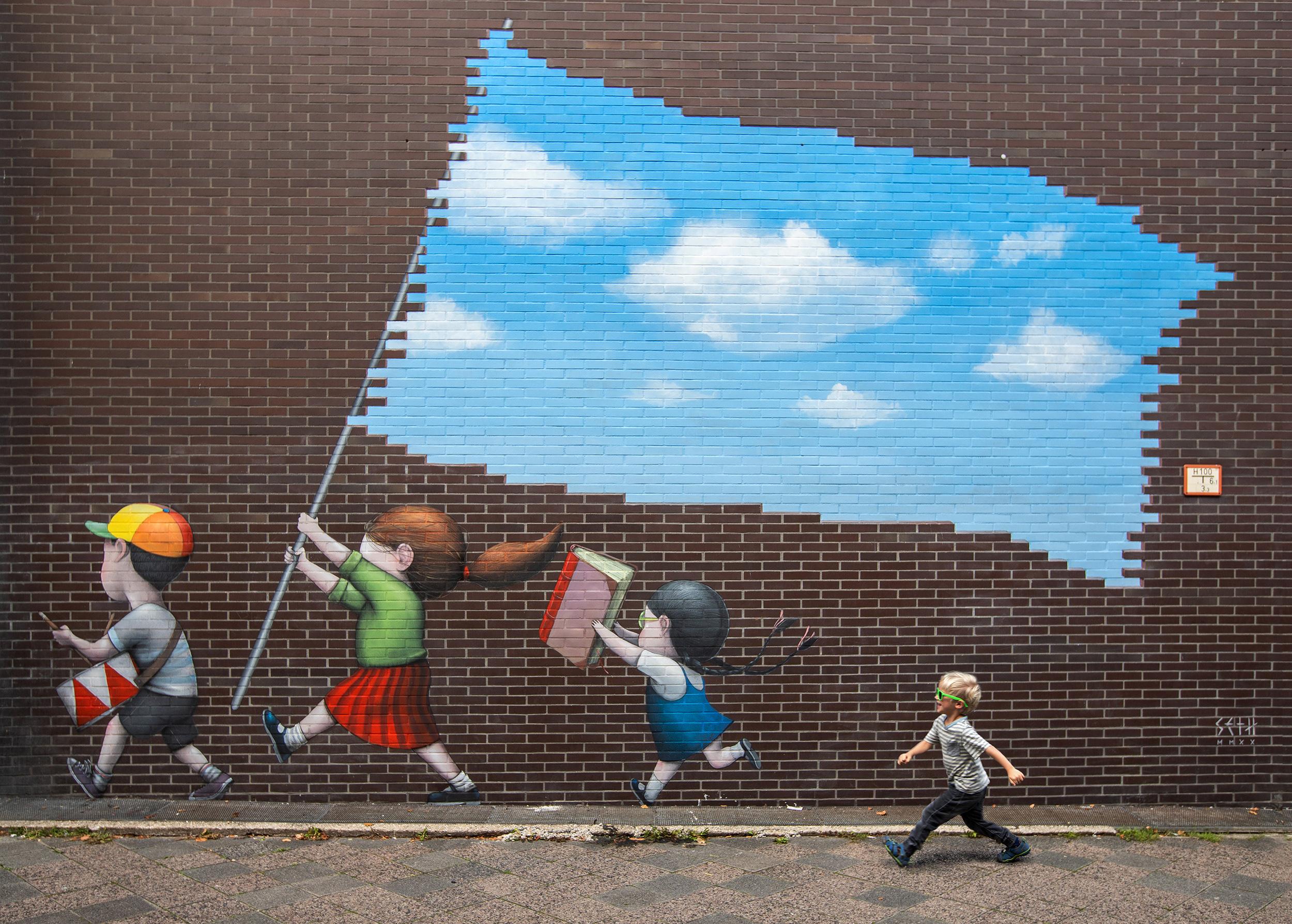 Das fertige Mural von Seth für STADT.WAND.KUNST